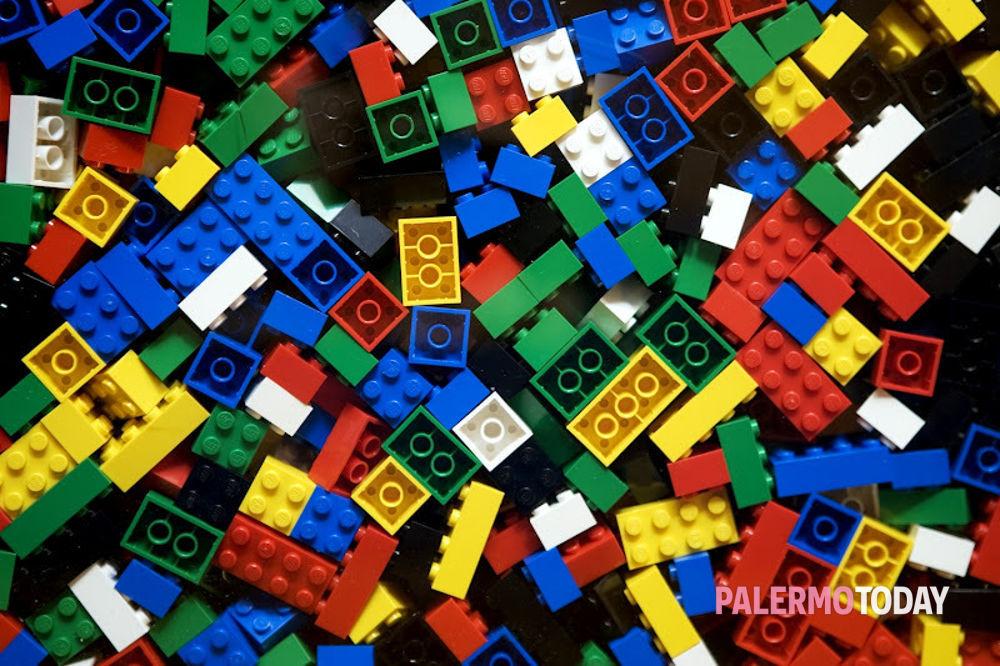 Incontri mattoncini LEGO