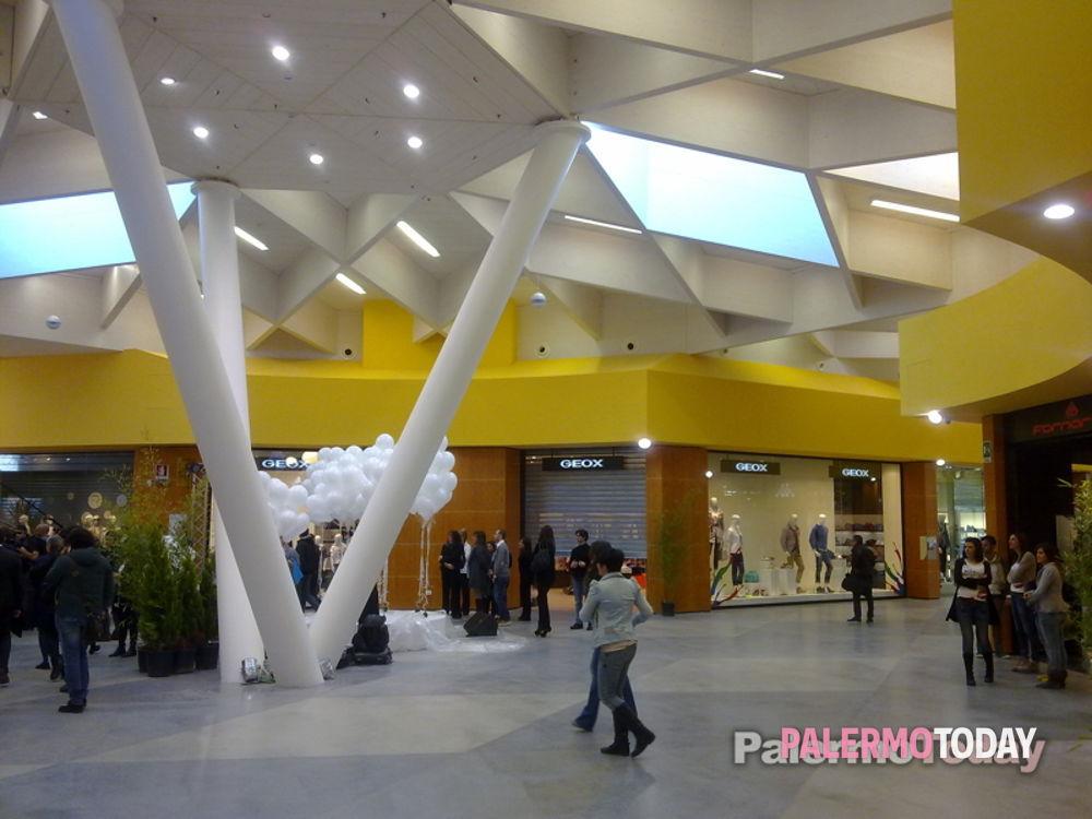 Numeri Del D'oro Conca I Commerciale Centro Primo Giorno zwq4IUW