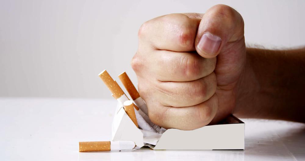 Risultato immagini per smettere di fumare