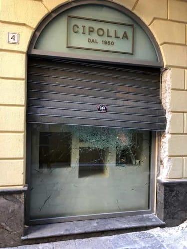 La vetrina della gioielleria Cipolla distrutta (1)-2-2
